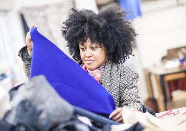 Sakina M'sa - fondatrice maison de couture solidaire - Fondation EY