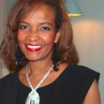 Mariétou Kandji, fondatrice de la marque FULAAR et dont le projet est accompagné en compétences par la Fondation EY pour les métiers manuels.